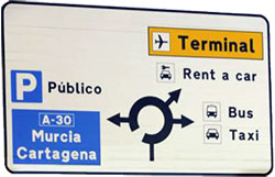 Road indications Murcia airport